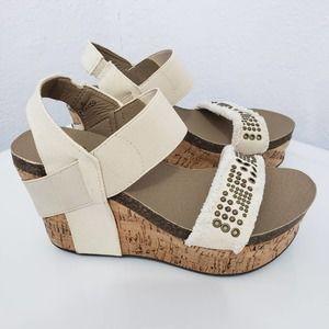 CORKY'S Frayed Studded Platform Wedge Sandals Sz 6